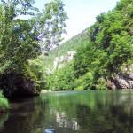 Rivière au Camping des Gorges du Tarn