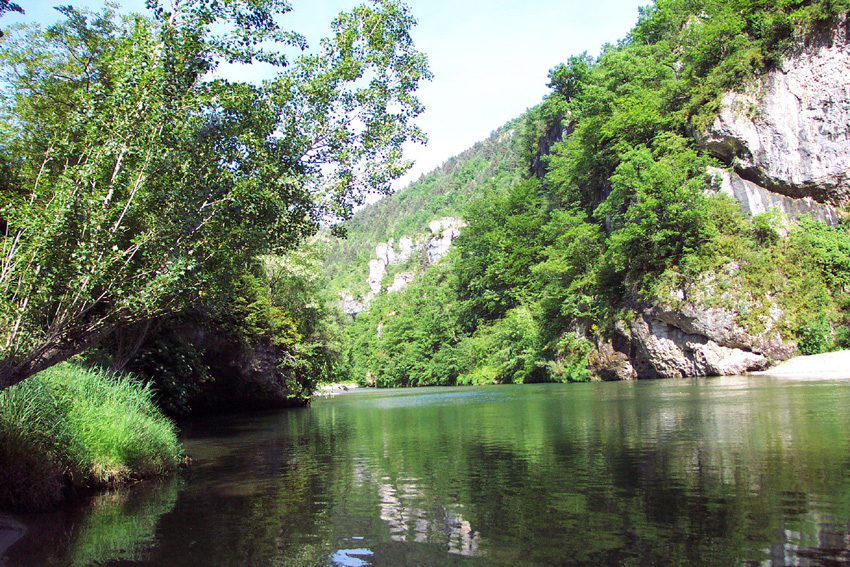 Tarifs camping mobile home camping des gorges du tarn for Camping gorges du tarn piscine