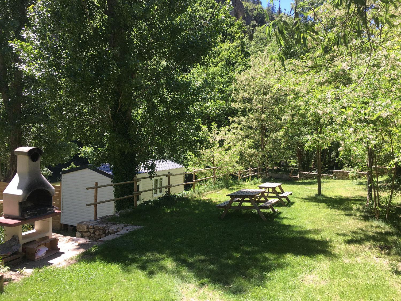 Camping des gorges du tarn tarifs emplacement mobil for Camping gorge du tarn avec piscine